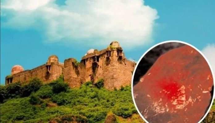 भोपाल के इस किले में आज भी मौजूद है 'चमत्कारी पारस पत्थर', इसको छूते ही लोहा भी बन जाता है सोना